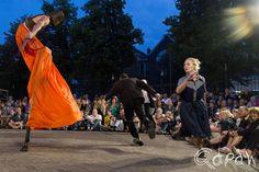 Deventer Op Stelten 2014 http://blog.qdraw.nl/overijssel/deventer-op-stelten-2014/ Teatr Biuro Podrózy, Carmen Funebre