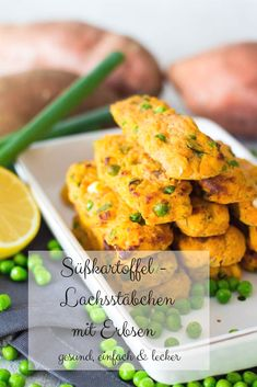 Süßkartoffel Lachsstäbchen mit Erbsen – gesunde Mahlzeit für