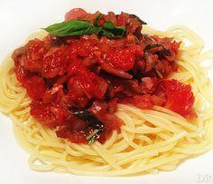 Pasta met oesterzwam in tomaten-basilicum saus
