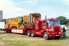 Showman's 1971/72 Atkinson 6 wheel artic, photographed in 1980s