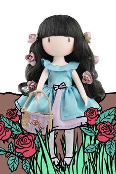 Nežná a romantická bábika Rosebud zaujme deti svojou  ilou tváričkou bez úst (ako je u radu Gorjuss od Santoro zvykom), ale aj svojimi dlhými vláskami s kvetovými doplnkami, krásnymi šatôčkami a príjemnou vôňou vanilky. Vyrobila španielska značka Paola Reina, ktorá má s výrobou bábik dlhoročné skúsenosti. #gorjuss Rose Buds, Snow White, Disney Characters, Fictional Characters, Disney Princess, Sleeping Beauty, Fantasy Characters, Disney Princesses