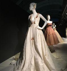 #weddingdress exhibition! http://gelinshop.com/ipost/1524403165356887576/?code=BUnxJotlA4Y