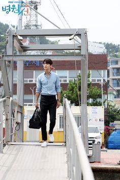 Ya Allah, gantengnyaaa Cnblue, Minhyuk, Mr Kang, Kang Min Hyuk, Kim Book, Emergency Couple, Hotel King, Suspicious Partner, Sung Hoon