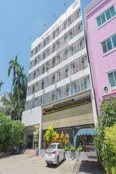 The accommodation is air conditioned and comes with a cable TV. There is also a refrigerator. Each unit features a private bathroom with a shower and free toiletries. Bed linen is provided.  With the the city centre not far away, the property is 1.2 km from the Central Pier along the Chao Phraya River. The popular shopping area around Siam is a 5-minute train ride away. Suvarnabhumi International Airport is approximately a 35 km drive away. Corporate Apartments, Beautiful Hotels, Train Rides, Terrace, Multi Story Building, The Unit, International Airport, Bed Linen, City