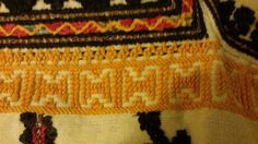 Romanian blouse - ie - detail. Folk Embroidery, Traditional Outfits, Friendship Bracelets, Textiles, Costumes, Detail, Clothes, Collection, Jewelry