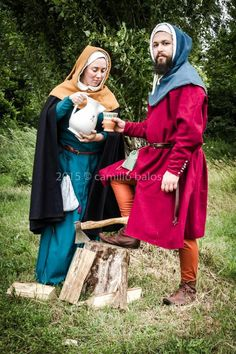 Medieval Italian couple. Photo by Camillo Balossini. https://www.facebook.com/camillo.balossini