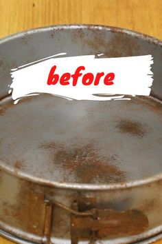Check out this pan cleaning hack using only 2 ingredients. This easy cleaning tip is quick and cheap. No need to throw away old rusty pans or pots with this DIY method to remove rust from metal. Remove Rust From Metal, How To Remove Rust, Hacks Diy, Cleaning Hacks, Cleaning Supplies, Diy File Cabinet, How To Clean Copper, Reindeer Food, Rusty Metal