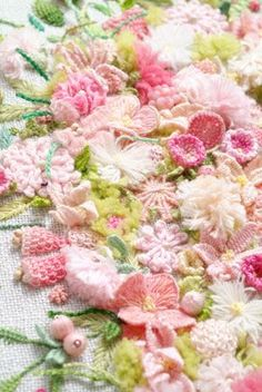 Stumpwork flowers - I'm not skilled enough to produce this type of work but wanted to pin it because it is sooo beautiful.  Perhaps one day I will attempt it.