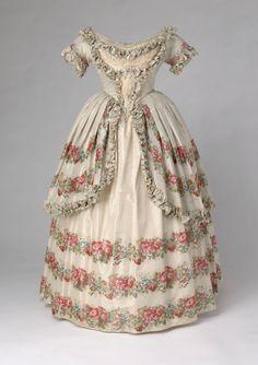 Spitafields Silk Evening Dress, 1851Owned by Queen Victoriavia...