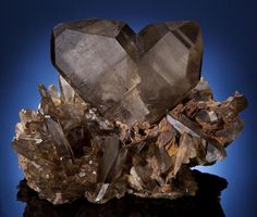 """Japan-Law Twin Quartz In the world of minerals, """"Japan-Law"""" refers to cleavage--between crystals. The pristine condition of this quartz s..."""
