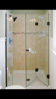 Shower Doors For Small Spaces