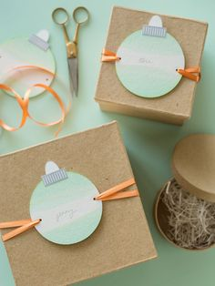 Dip Dye Ornament Gift Tags DIY.