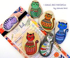"""My To-Do list is always full, a lot of craft ideas, new designs, new projects.. But this picture i made, especially for my """" Cat Lover """" fans :) Yes, I'lll do more cats :) Have a wonderful evening everyone! #paintedstones"""