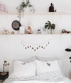 Boho-style bedroom with shelves above the bed . - Boho-style bedroom with shelves above the … – the - Stylish Bedroom, Cozy Bedroom, Bedroom Apartment, Bedroom Ideas, Modern Bedroom, Contemporary Bedroom, Master Bedroom, Bedroom Small, Bedroom Black