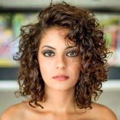 21 Beloved Short Curly Hairstyles for Women of Any Age! | Curly ...
