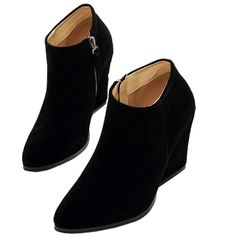 Black Suedette Pointed Wedge Ankle Boots (145 BRL) ❤ liked on Polyvore featuring shoes, boots, ankle booties, suede wedge bootie, short black boots, wedge booties, black wedge booties and wedge bootie