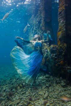 Award winning Los Angeles photographer Brett Stanley specialises in Underwater F… Fantasy Photography, Underwater Photography, Creative Photography, Portrait Photography, Fashion Photography, Photography Tips, Street Photography, Landscape Photography, Nature Photography