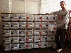 EcoNotas.com: Mueble con Bidones de Plastico Reciclados