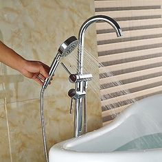 Free Standing Bathroom Tub Faucet Floor Mixer Tap Chrome Tub Filler Hand Shower