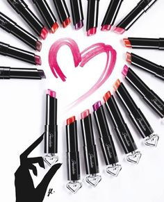 Guerlain La Petite Robe Noire Makeup Collection 2016 - Beauty Trends and Latest Makeup Collections Jeffree Star, School Looks, Cute Makeup, Makeup Looks, Beauty Bar, Beauty Makeup, Makeup Art, Mary Kay, Foto Still