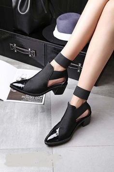 Shop latest women fashion shoes and men shoes in fashion with vast variety of sandals boots pumps oxfords loafers sock boots ankle boots combat boots flatforms and sneakers to stay on top of the trend. Pretty Shoes, Beautiful Shoes, Cute Shoes, Me Too Shoes, Shoes For Work, Black Work Shoes, Black Boots, Daily Shoes, Mens Fashion Shoes