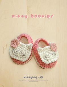 Hello Kitty Baby Booties Crochet PATTERN by kittying.com from mulu.us | This pattern includes sizes for 0 - 12 months.</p>