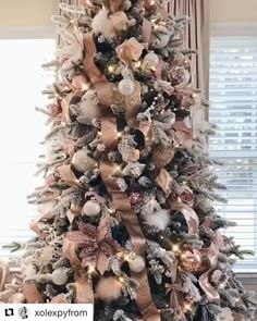 Fab ribbon 🎀 Christmas tree from xolexpyfrom decor diy videos Ribbon Christmas Tree Christmas Tree Design, Rose Gold Christmas Tree, Pink Christmas Decorations, Elegant Christmas Trees, Christmas Tree Inspiration, Christmas Centerpieces, Christmas Wreaths, Christmas Ribbon, Burlap On Christmas Tree