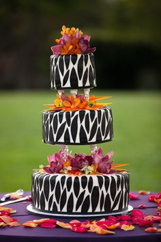 Safari Wedding Cake. Or my birthday cake considering my birthday is in the fall and these are great fall colors. what a cake!