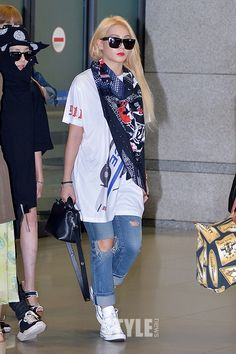 Kpop Idol with Fabulous Airport Fashion : 2NE1 CL - KPOP-MAP BLOG