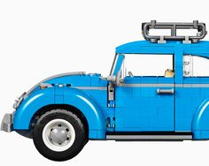 with 1,167 piece, the kit includes curved fenders, flat windshield, logos and a comprehensive four-cylinder air-cooled engine and fuel tank.