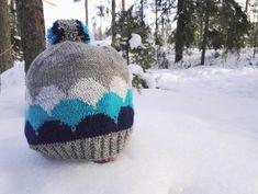 Pakkaspäivän jämälankaprojekti: Kumpupilvi-pipo - Starbox Mittens, Knitted Hats, Knit Crochet, Winter Hats, Beanie, Socks, Sewing, Knitting, Crocheting