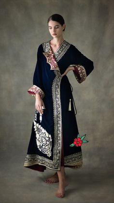 Kimono Fashion trends and outfits for sale : Abaya Fashion, Kimono Fashion, Couture Fashion, Indian Fashion, Boho Fashion, Fashion Dresses, Womens Fashion, Fashion Design, Steampunk Fashion