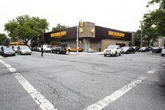 Продуктовый супермаркет Breadberry в Бруклин-Нью-Йорке