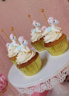 What gorgeous cupcak