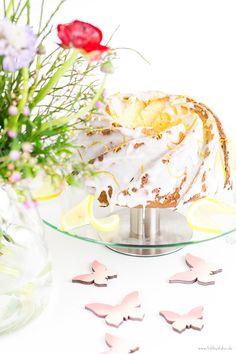 Zitronen Joghurt Guglhupf mit Nordic Ware Form lemon bundt cake