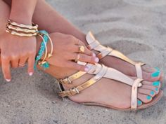 8 Wonderful Tips For Beautiful, Sandal Ready Feet. BTW love the sandals, turquoise nail polish and bracelets in this photo.