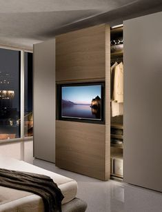 Beeindruckendes und innovatives 15 modernes Schlafzimmer-Kabinett – Impressive and Innovative 15 Modern Bedroom Cabinets – Modern Master Bedroom, Tv In Bedroom, Closet Bedroom, Bedroom Storage, Bedroom Ideas, Tv Wall Design, House Design, Door Design, Wardrobe Design Bedroom