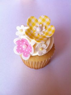 ok now these are just adorable!!! Love the gingham and polka dots!