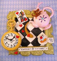 Alice in Wonderland cake If I ever have a little girl this will be the shower cake!!