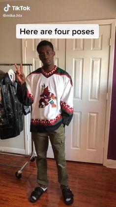 Best Portrait Photography, Grunge Photography, Fashion Photography Poses, Fashion Poses, Photography Editing, Creative Photography, Photo Editing, Mens Photoshoot Poses, Black Men Street Fashion