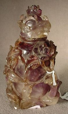 Chinese carved stone perfume bottle