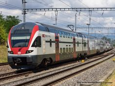 Electric Locomotive, Diesel Locomotive, Third Rail, Swiss Railways, Electric Train, Emu, Railroad Tracks, Switzerland, Yards