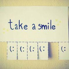 Take a smile:)  #HermossoLunes<3
