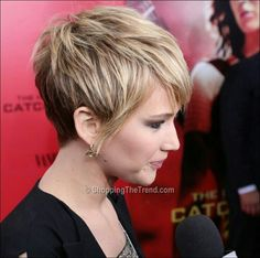 Side shot Jennifer Lawrence short hair pixie
