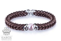 Ice pearl bracelet with silver elements by designer jewelry Ramona Matthaei. Pearl Bracelets, Jewelry Design, Designer Jewelry, Pearls, Silver, Ice, Rope Bracelets, Armband, Pearl Bracelet