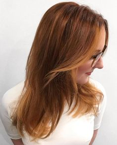 Stunning copper for @willemijnvl ❤️❤️ color&cut #colourmesue #livelifegorgeous #vlogger #ginger #redhead #balayage #copperhair #colorist #blogger #fashion #orangehair #behindthechair #longhair #hotonbeauty #hairgasm #haircolor #pretty #warmblonde #bronde #hairpainting #olaplex