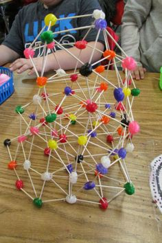 Geodesic Domes with Jelly Beans and Toothpicks by growingastemclassroom #Kids #STEM #Science #Geodesic_Domes