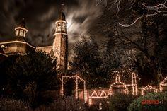 Ravenstein bij kaarslicht 2013 by Artishoot Fotografie, via Flickr