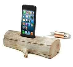 Modern technology and mother nature collide with this natural take on the charging dock: http://www.walletburn.com/Driftwood-Iphone-Charging-Dock_1023.html #iphone #accessories #trees #natural #electronics