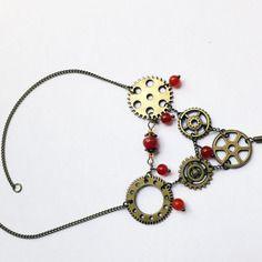 Collier vintage steampunk engrenages et perles